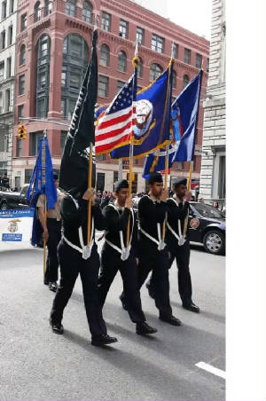 Veterans_Day_Parade_132256_gif_detail.jpg